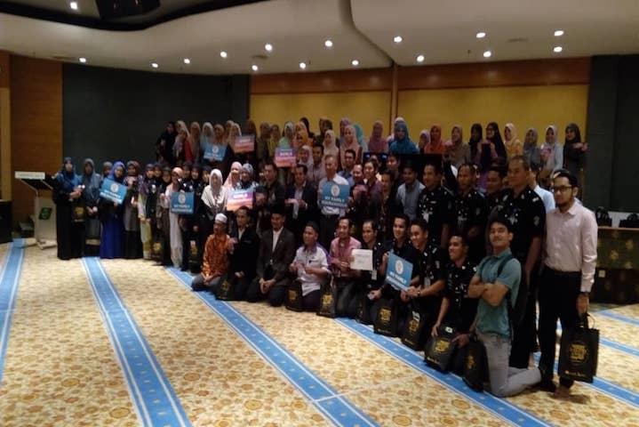 Program World Quran Hour Beserta Penyampaian Cenderahati Program Tabung Haji Bertadarus