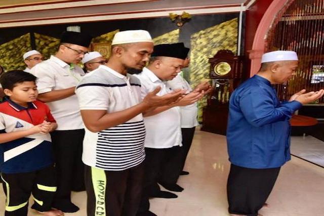 Menziarahi Waris Allahyarhamah Hajah Haslizah di Johor