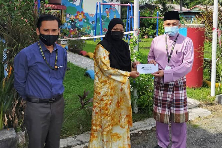Sumbangan Program Ehsan TH Kepada 125 Golongan Asnaf Fakir Dan Miskin Di Perak